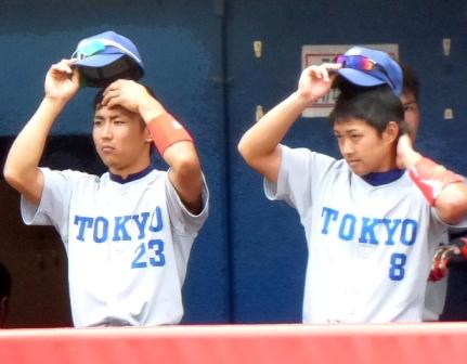 ☆阿加多さんと澤田さんが帽子を取る